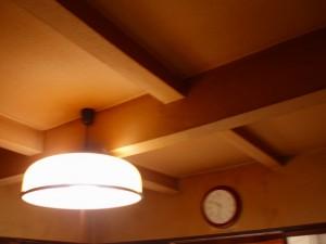 こちらが施工前の天井の様子
